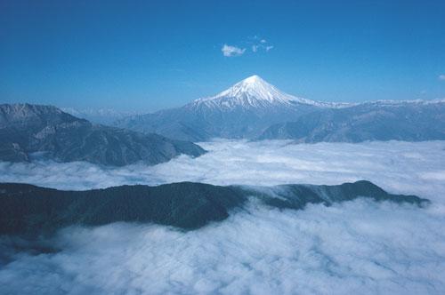 Iran-alborz-mountains