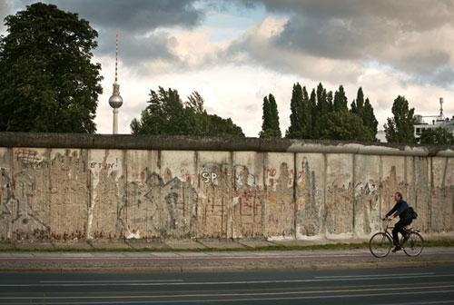 Berlin-wall-500