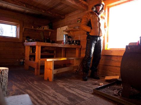 Inside-cabin-475
