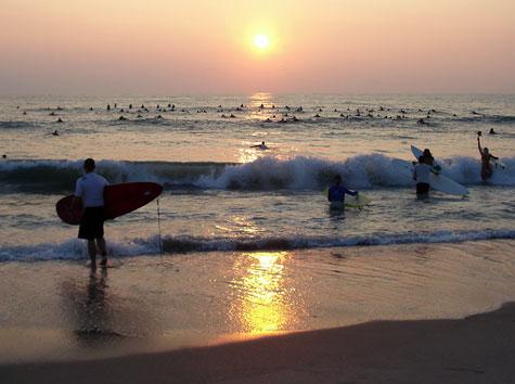 Coast-surfers
