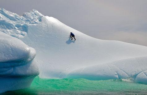 Ice-climbing-green