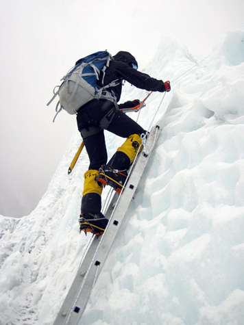Sara-climbing-icefall-training-everest-475
