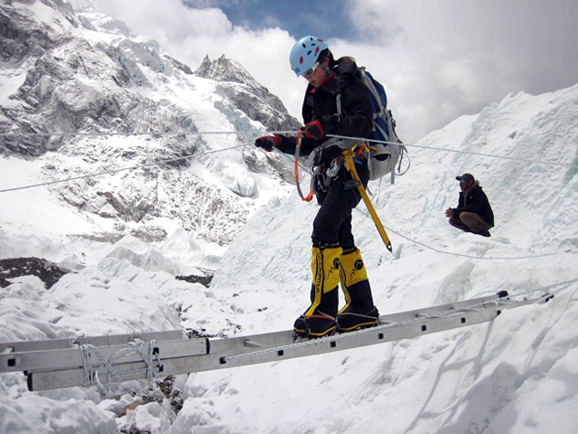 Sara-2-climbing-icefall-training-everest-475
