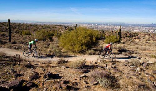 Phoenix-south-mountain-park_37656_600x450